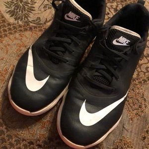 Nike golf shoes size 7Y great condition